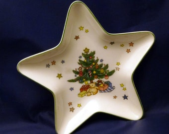 Vintage Nikko Ceramics Star Shaped Christmas Treat Dish, 1980s