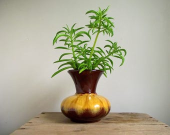 Blue Mountain Pottery Vase , BMP Canada Vase , Gold Brown Drip Glaze Vase, Vintage Bulb Vase , Retro Pottery , Home Decor