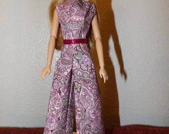Sleeveless jumpsuit in pink paisley floral for Fashion Dolls - ed1017