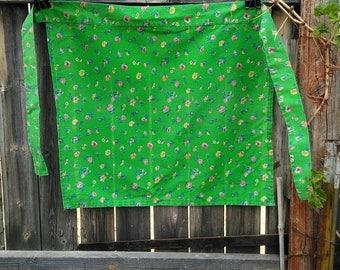 Vintage Green Apron, Vintage Apron, Summer Green, Handmade