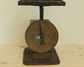 M.S. Benedict Manufacturing Company vintage scale