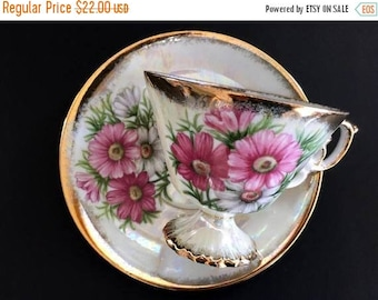 """ON SALE Vintage Tea Cup and Saucer, Pearlized """"October Cosmos"""" Teacup, Japanese Bone China 13917"""