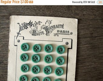 """Vintage French Buttons with Card , green mint, Paris Mode fashions, 24 Buttons - 1/2 """", 1,3 cm"""