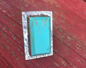 Stunning Southwest Silver and Turquoise Ring