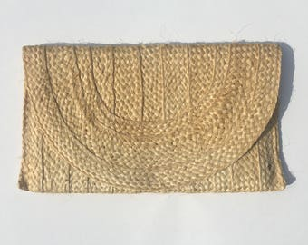 vintage 1960s straw clutch fully lined