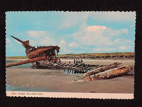 Vintage Postcard.. Oregon Coast.. 1906 Wreck of Sailing Ship PETER IREDALE