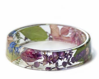 Spring Flower Bracelet - Jewelry with Real Flowers- Dried Flowers- Flower Resin Jewelry - flower jewelry- Flower gifts- Modern Flower Child