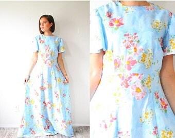 40% OFF CHRISTMAS in JULY Vintage blue floral modest garden dress // cap sleeve boho modest floral dress // light blue floor length dress /