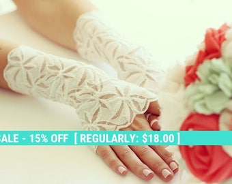 Summer Sale Bridal lace gloves,wedding gloves, ivory lace gloves, FREE SHIPPING 25% off!