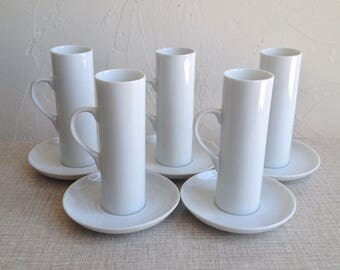 Set Of 5 Lagardo Tackett Demitasse Cups With Saucers