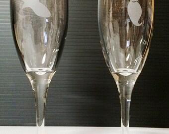Etched Glass Aladdin and Jasmine Toasting Flutes Champagne Glasses Set of 2 Disney Themed Wedding