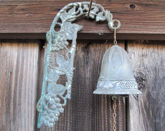 Vintage Weathered Grapes and Leaves Metal Gate Bell Ringer