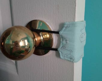 Baby Room Door Silencer