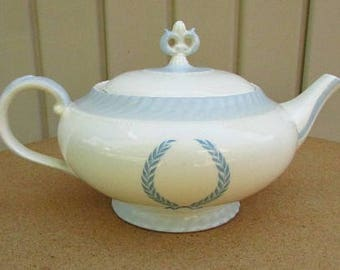 vintage 30s blue wreath teapot monticello by steubenville for herman c kupper new york