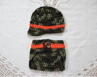 READY TO SHIP - 0 to 3 Month Size - Camoflauge Crochet Newsboy Hat and Diaper Cover - Hunting or Military Hat - Photo Prop