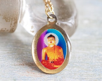 Buddha Necklace - Kitsch Medallion on Chain - The Mahabodhi Vihar Buddhist temple Souvenir