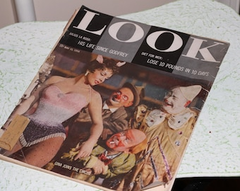 Vintage 50's Look Magazine with Old Ads , 50s Car Ads , Vintage 50's Features , Vintage 50's News , Old Periodical