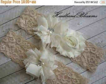 SALE BEIGE IVORY Bridal Garter Set - Ivory Keepsake & Toss Lace Wedding Garters - Chiffon Flower Pearl Garters - Vintage Lace Garter - Garde