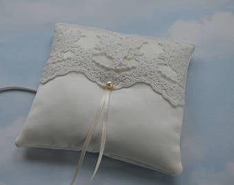 Wedding ring cushion. Vintage inspired ivory ring bearer pillow.