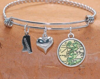 Natchez MS Map Charm Bracelet State of Mississippi Bangle Cuff Bracelet Vintage Map Jewelry Stainless Steel Bracelet Gifts For Her