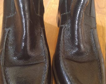 90s shiny black leather high heeled zip up ankle boots by Bruno de Milano