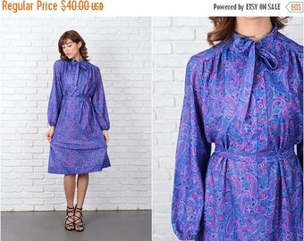 Sale Vintage 70s Paisley Print Dress Blue Purple Shift Vivid Mod Large L 9473
