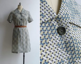 10-25% OFF Code In Shop - Vintage 80's 'Basketweave Print' Collared Shift Dress S or M