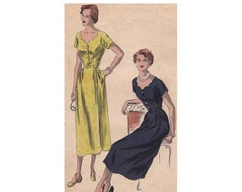 On Sale 1940s Dress Pattern Vogue 6645 Size 12 Bust 30 Scalloped Neckline Front and Back Fitted Waist Short Kimono Sleeves Vintage Sewing Pa