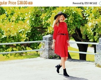 FLASH SALE 80s Red Autumn Dress Vintage Dark Floral Red Sleeve Day Dress