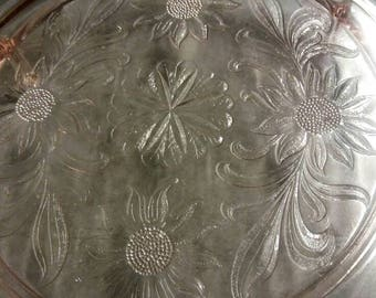 Jeanette Glass Cake Stand