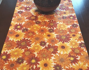 Sunflower Table Runner, Fall Floral Runner, Fall Table Runner