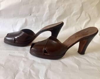 Vintage 1940s Rhythm Step Shoes Brown Leather Peep Toe Sandals Heels 8 Narrow