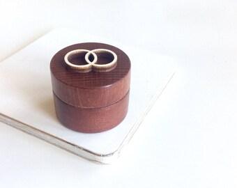 Wedding ring  box/ rustic wooden box / brown wooden box / ring bearer box / small round box