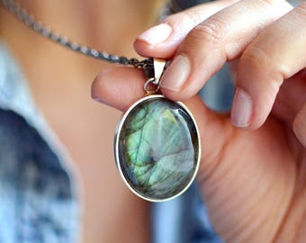Labradorite Oval Necklace with Silver