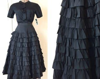 SALE Vintage 50s Black Tiered Taffeta Skirt 25 x 31