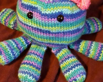 Cuddly Little Knitted Octopus Friend!