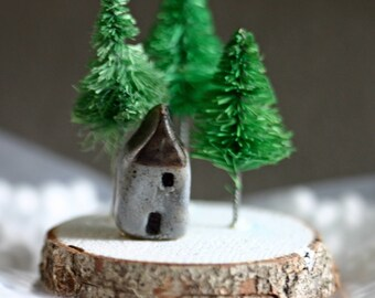 Christmas woodland scene on wood slice, handmade, trees and house in forest, winter, snow, simple, Christmas village, decoration, pine trees