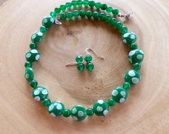 19 Inch Green Jade and Hand Blown Glass Bead Necklace with Earrings