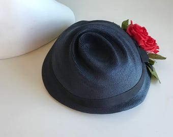 Vintage 50s Lilly Dache Hat / 1950s Navy Straw Hat with Red Rose / Mademoiselle Lilly