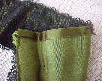 Lovely Old Early Victorian Sash of Mossy Green Silk Satin and Black Floral Lace