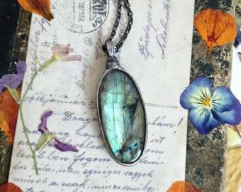 Gift for her, Labradorite Necklace, Labradorite Pendant, Labradorite jewelry, Unique natural pendant, Bohemian jewelry, Rustic necklace