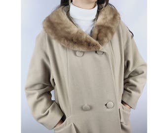 1950s beige wool coat with honey mink fur collar