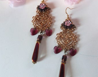 Romantic pink and golden baroque earrings.