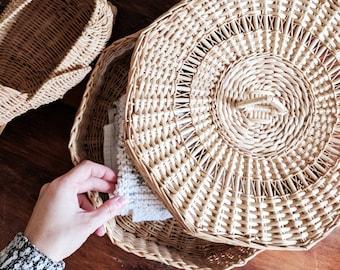 Vintage Straw Storage Basket With Lid / Round Storage Basket With Lid / Hexagonal Straw Basket With Lid
