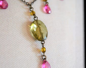 Citrine Beaded Necklace, Vintage Lucite Bead Ladies Choker Necklace, Muted Colors of Citrine, Green, Pink and Clear Translucent, Faceted