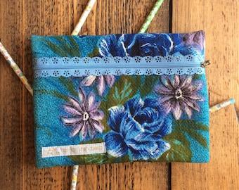 Vintage barkcloth fancy zip pencil case - blue