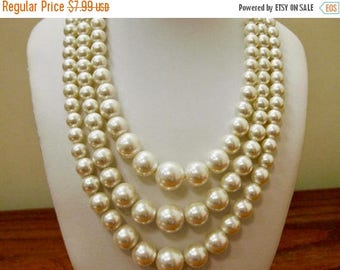 On Sale Vintage Triple Strand Faux Pearl Necklace Item K # 2245