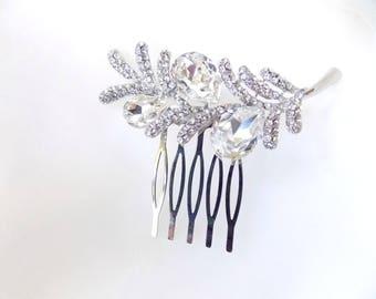 Rhinestone Floral Hair Comb in Silver.  Bridal Comb, Bridesmaids Comb, Wedding Comb.
