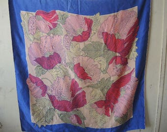 Vintage large silk scarf 1940s or 1950s 34 x 34 inches