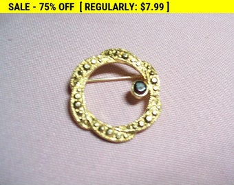 vintage circle brooch pin
